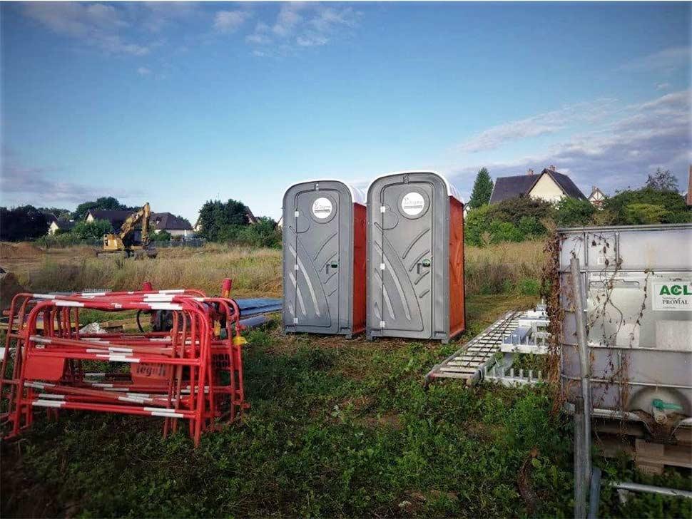 toilette-autonome-manifestation-strasbourg,